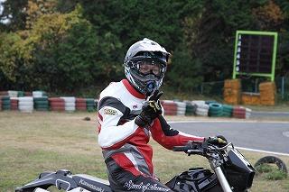 2010年11月28日 モタード耐久 チームB 細見1