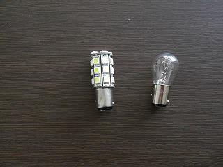 LED球とノーマル球